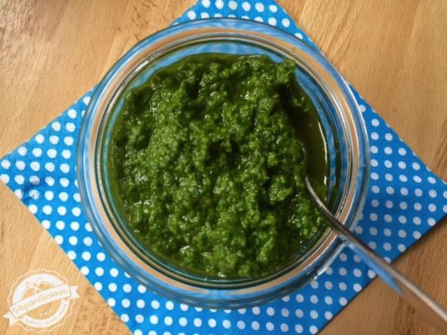 Grünkohl-Walnuss-Pesto-1