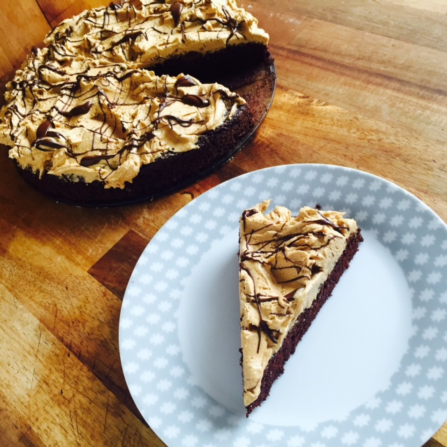 Schoko-Erdnussbutter-Kuchen